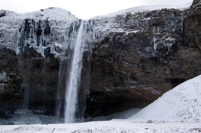 seljalandsfoss winter 1.JPG