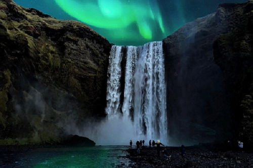 skogafoss-northern-lights.jpg